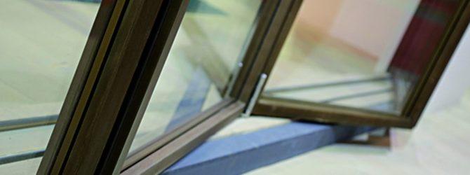 Vista di dettaglio del serramento Skyline Bifold