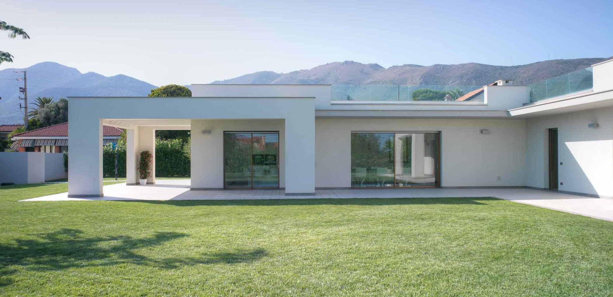 Villa Savona, immagine di copertina