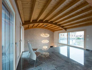 Villa Milano, copertina essenze-finiture legno