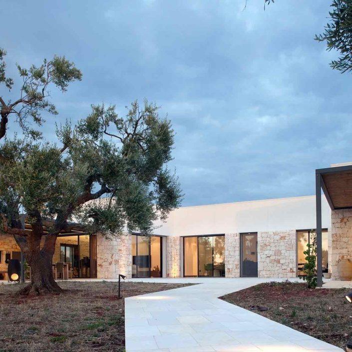 Villa Ostuni, vista dell'ingresso posteriore