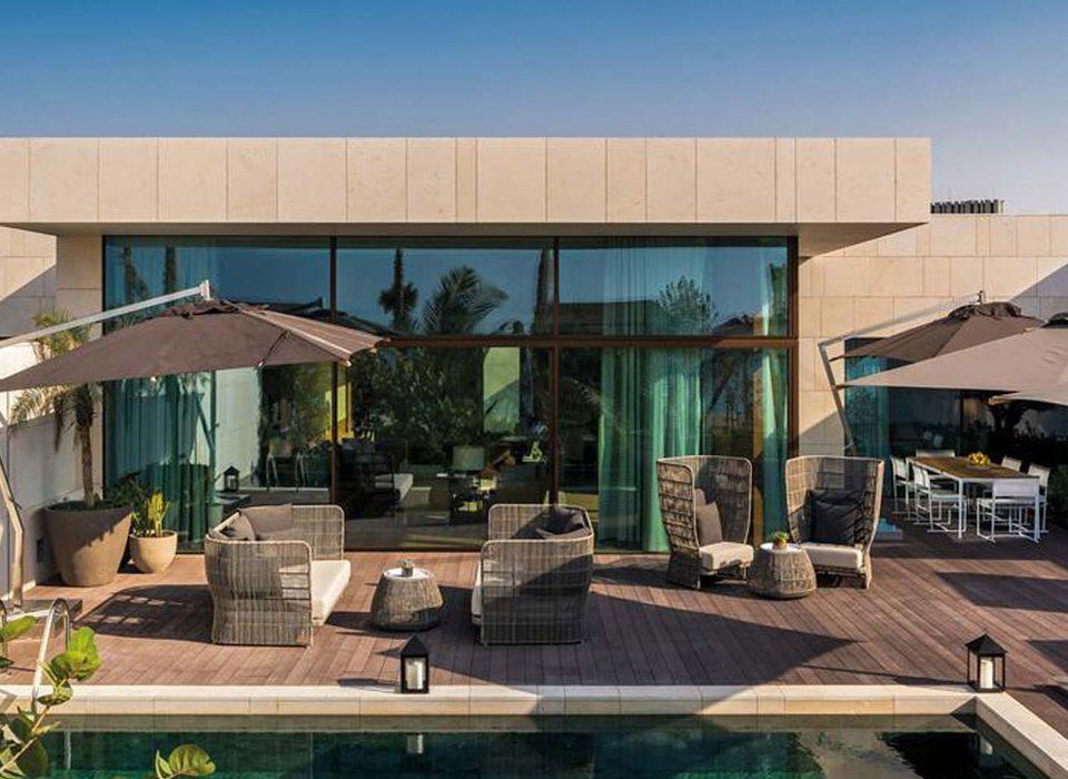 Bvlgari Hotel & Resort, vista dell'alzante scorrevole con rivestimento in alluminio