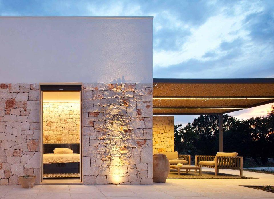 Villa Ostuni, patio door with black retro-lacquered finish