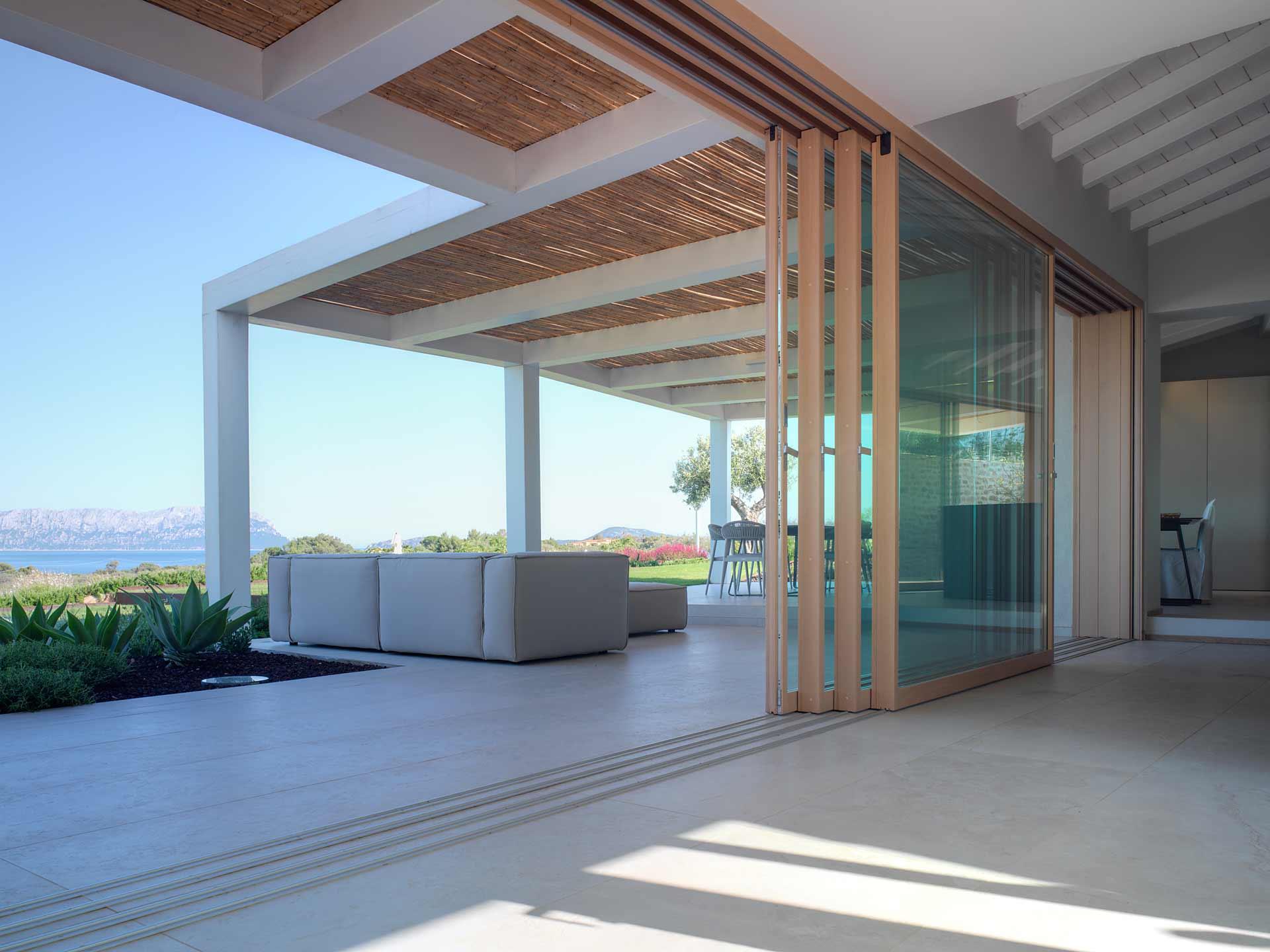Villa Costa Smeralda, portes coulissantes Skyline