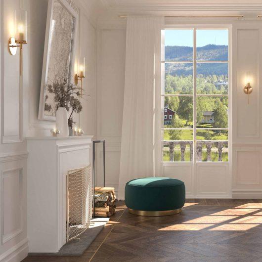 Vista di una camera da letto con boiserie classica bianca a tutt'altezza